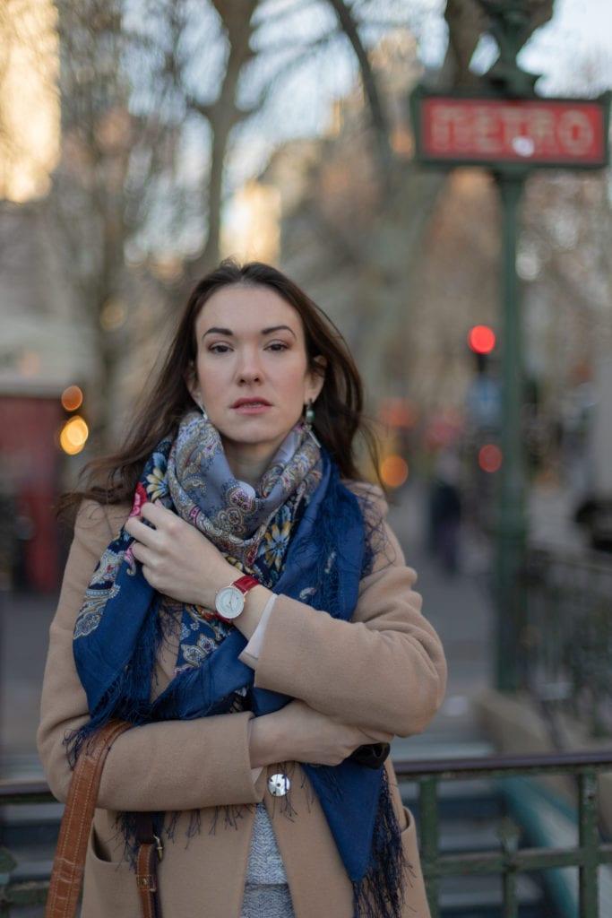 mon style parisien avec un foulard russe