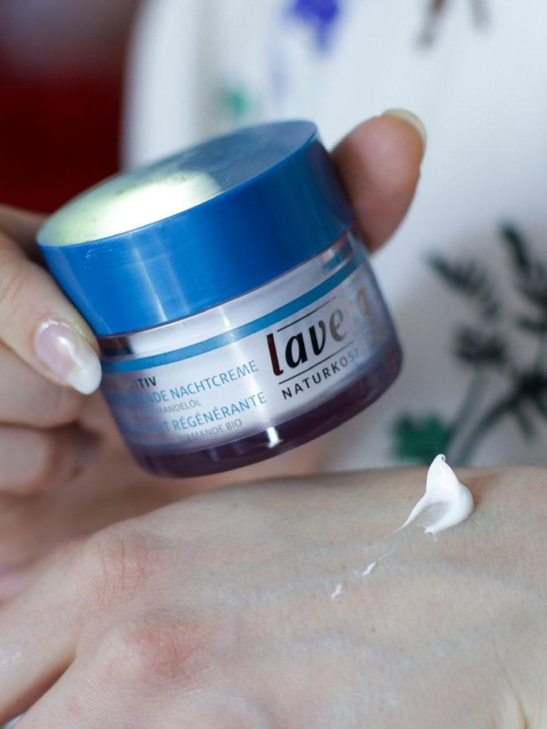 Crème de Nuit Régénérante Lavera Basis Sensitive